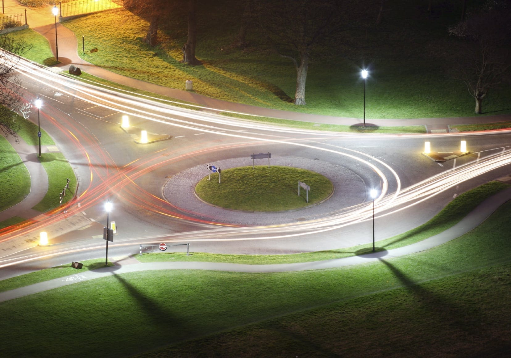 Indianapolis Car Accident Lawyers Offer Tips on Navigating Roundabouts