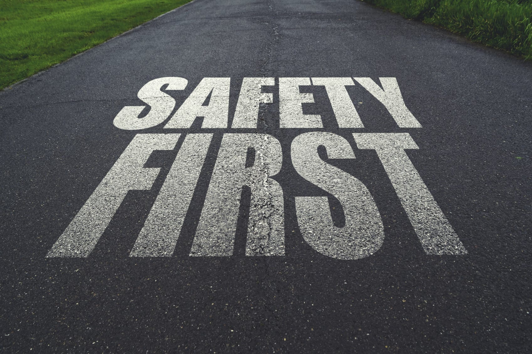 Four Unsafe Freeway Driving Practices