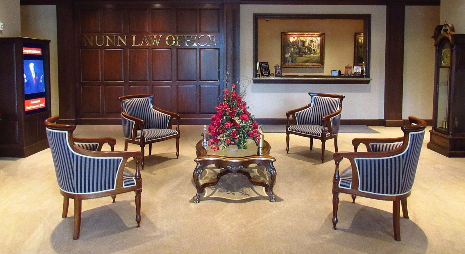 Photo of the lobby of Ken Nunn Law Office